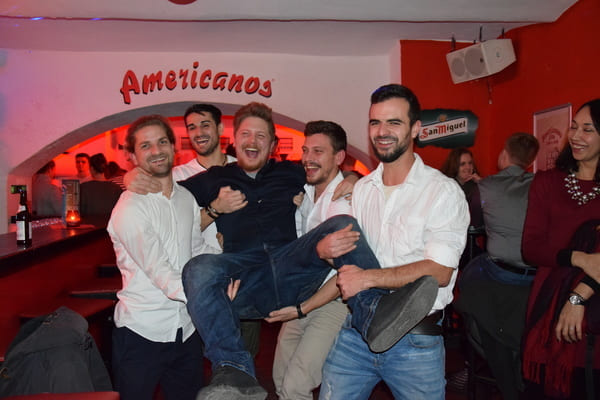 Pub Crawl München - Junggesellenabschied Party Tour