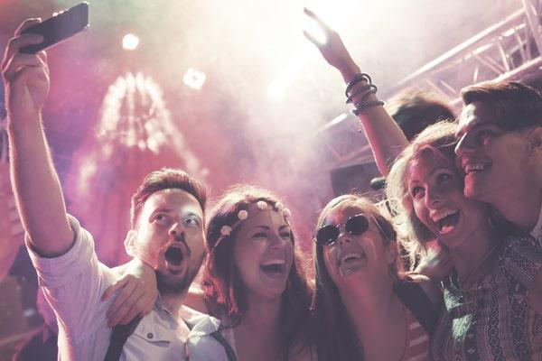 Pub Crawl - Party-Tour beim Junggesellenabschied Prag und JGA Prag