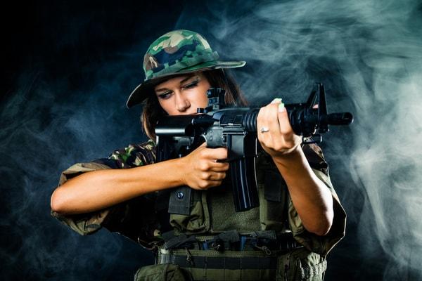 Junggesellenabschied Ideen Prag - Shooting mit Kalaschnikow AK47