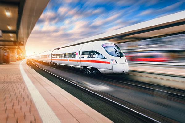 Mit der Bahn zum JGA anreisen