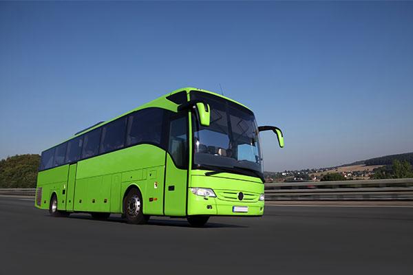 Mit dem Fernbus zum Junggesellenabschied anreisen